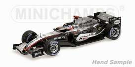 McLaren  - 2005 silver/black - 1:43 - Minichamps - 435050009 - mc435050009 | The Diecast Company