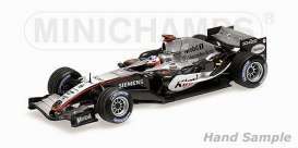 McLaren  - 2005 silver/black - 1:43 - Minichamps - 435050109 - mc435050109 | The Diecast Company