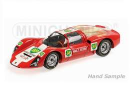 Porsche  - 1967 red/white/green/yellow - 1:18 - Minichamps - mc100666100 | The Diecast Company