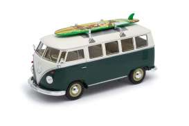 Volkswagen  - 1962 green/white - 1:24 - Welly - welly22095SBgn | The Diecast Company