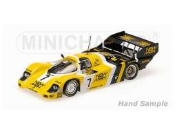 Porsche  - 1984 yellow/black/white - 1:18 - Minichamps - mc540841807 | The Diecast Company