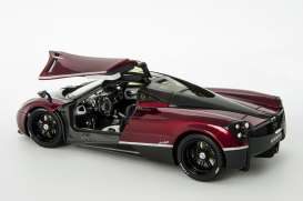 Pagani  - Huayra 2014 blood red/black - 1:18 - GTA - gta11007TFr | The Diecast Company