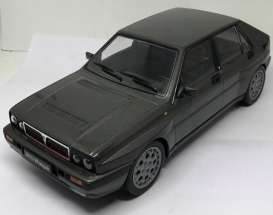 Lancia  - 1989 grey - 1:18 - Triple9 Collection - 1800172 - T9-1800172 | The Diecast Company