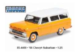 Chevrolet  - 1966  - 1:25 - Revell - US - rmxs4409 | The Diecast Company