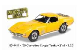 Corvette  - 1969  - 1:25 - Revell - US - rmxs4411 | The Diecast Company