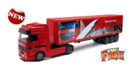 Mercedes Benz  - 2016 red - 1:43 - Bburago - 31456-5 - bura31456-5 | The Diecast Company