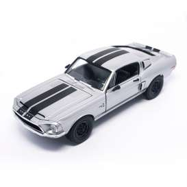 Shelby  - 1968 metallic chrome - 1:18 - Lucky Diecast - ldc92168chr | The Diecast Company