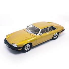 Jaguar  - 1975 gold - 1:18 - Lucky Diecast - ldc92658gld | The Diecast Company