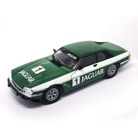 Jaguar  - 1975 green - 1:18 - Lucky Diecast - ldc92658gnr | The Diecast Company