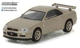 Nissan  - 2001 gold - 1:64 - GreenLight - gl29880D | The Diecast Company