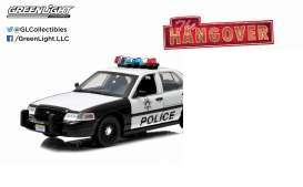 GreenLight - Ford  - gl91003 : 2000 Ford Crown Victoria Police Interceptor The Hangover (2009) 2.4 GHz Remote Control *Hollywood Remote Control Series*