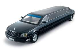 Cadillac  - 2004 black - 1:18 - SunStar - 4231 - sun4231 | The Diecast Company