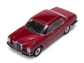 Mercedes Benz  - Strich 8 Coupe 1973 red - 1:18 - SunStar - 4575 - sun4575 | The Diecast Company