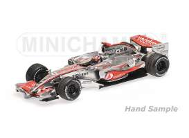 Minichamps - McLaren Mercedes - mc435074301 : 2007 Vodafone McLaren Mercedes MP4-22 *Fernando Alonso* Winner Monaco GP, silver/red