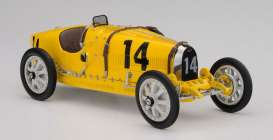 Bugatti  - 1924 yellow - 1:18 - CMC - 100-008 - cmcB008 | The Diecast Company