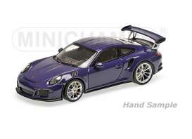 Porsche  - 2013 ultraviolet - 1:18 - Minichamps - mc155066221 | The Diecast Company