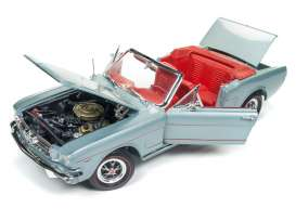 Ford  - Mustang Convertible 1965 silver/gray - 1:18 - Auto World - 1103 - AMM1103 | The Diecast Company