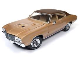 Buick  - 1970 gold - 1:18 - Auto World - AMM1105 | The Diecast Company