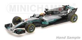 Mercedes Benz  - 2017  - 1:18 - Minichamps - 110170044 - mc110170044 | The Diecast Company