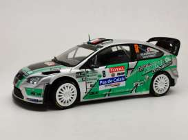 Ford  - Focus 2012 green/white/black - 1:18 - SunStar - 3959 - sun3959 | The Diecast Company