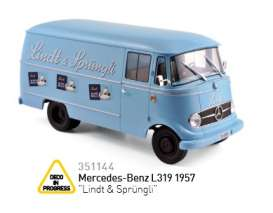 Mercedes Benz  - 1957 light blue - 1:43 - Norev - 351144 - nor351144 | The Diecast Company