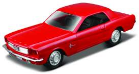 Ford  - 1965 red - 1:43 - Maisto - 93021r - mai93021r | The Diecast Company