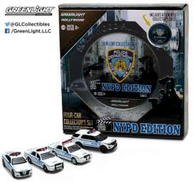 Ford Dodge - white/blue - 1:64 - GreenLight - 59050B-GM - gl59050B-GM | The Diecast Company