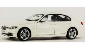 BMW  - alpine white - 1:18 - Paragon - 97022 - para97022 | The Diecast Company