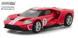 Ford  - 2017 red/white - 1:64 - GreenLight - gl13200D | The Diecast Company