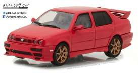 GreenLight - Volkswagen  - gl86313 : 1995 Volkswagen Jetta A3, red