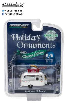 GreenLight - Airstream  - gl29916 : 1/64 Airstream 16 Bambi Holiday Ornament with Hook Ring *Christmas Trees & Wreaths*, chrome