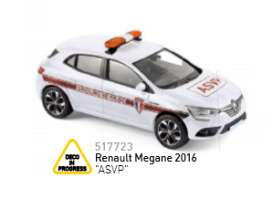 Renault  - 2016 white/orange - 1:43 - Norev - 517723 - nor517723 | The Diecast Company