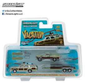 GreenLight - Ford Chevrolet - gl31040A : 1972 Ford F-100 with 1979 Family Truckster *Wagon Queen National Lampoons Vacation* on a Flatbed Trailer *Hollywood Hitch & Tow Series 4*
