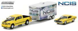 GreenLight - Dodge  - gl31040C : 2016 Ram 2500 with 1970 Dodge Challenger R/T *NCIS* in enclosed Car Hauler, Hollywood Hitch & Tow Series 4