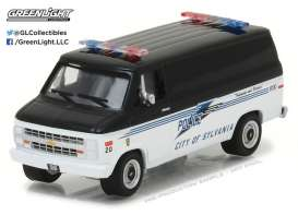 GreenLight - Chevrolet  - gl42810C : 1985 Chevrolet G20 Van City of Sylvania Ohio *Hot Pursuit series 24*