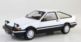 Kyosho - Toyota  - kyo3891uw : Toyota Sprinter Trueno (AE86) Headlights Up, white