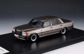 Mercedes Benz  - 1988 brown - 1:43 - Great Lighting Models - GLM206001 | The Diecast Company