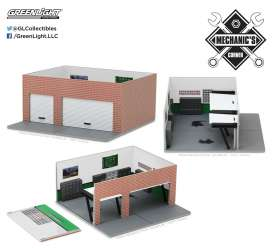 GreenLight - diorama  - gl57023 : 1/64 Weekend Workshop *GreenLight* Collector Man Cave  Mechanic