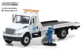 International  - 2013 white - 1:64 - GreenLight - gl33110B | The Diecast Company