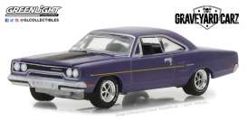 Plymouth  - Road Runner 1970 plum crazy - 1:64 - GreenLight - gl44800D | The Diecast Company
