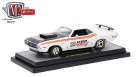 M2 Machines - Dodge  - M2-40300-57B : 1971 Dodge Challenger R/T HEMI *Speed Dawk*, white/orange