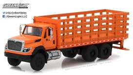 International  - 2017 orange - 1:64 - GreenLight - gl45020B | The Diecast Company