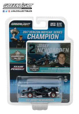 Chevrolet  - 2017 black/silver - 1:64 - GreenLight - 10799 - gl10799 | The Diecast Company