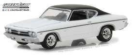 Chevrolet  - 1968 dover white/black - 1:64 - GreenLight - 13210B - gl13210B | The Diecast Company