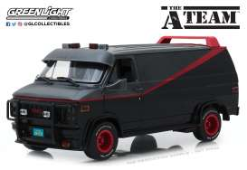 GMC  - Vandura *A Team* 1983 grey/black - 1:18 - GreenLight - 13521 - gl13521 | The Diecast Company