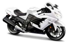 Kawasaki  - 2012 white/black - 1:12 - Maisto - mai12028 | The Diecast Company