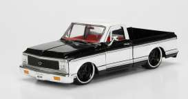Chevrolet  - 1972 black/white - 1:24 - Jada Toys - jada99046bk | The Diecast Company