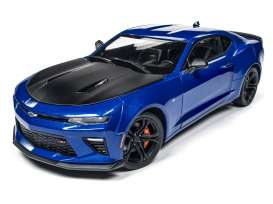 Chevrolet  - 2017 blue/black - 1:18 - Auto World - AW241 | The Diecast Company