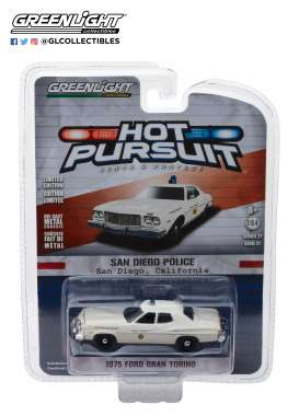 Ford  - Torino 1975 white - 1:64 - GreenLight - 42840A - gl42840A | The Diecast Company