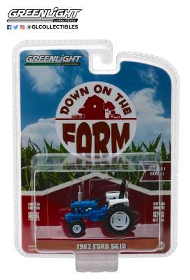 Ford  - 5610 Tractor 1982 blue/black - 1:64 - GreenLight - 48010C - gl48010C | The Diecast Company